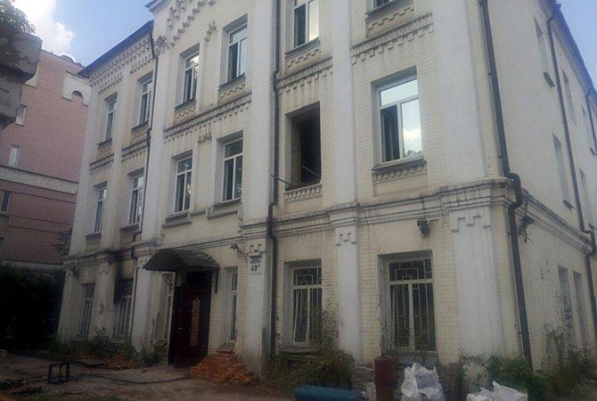 Наследие в огне: в Киеве горят исторические здания, фото-6