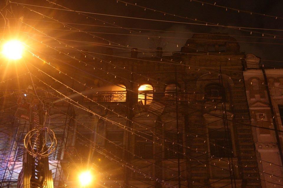 Наследие в огне: в Киеве горят исторические здания, фото-10