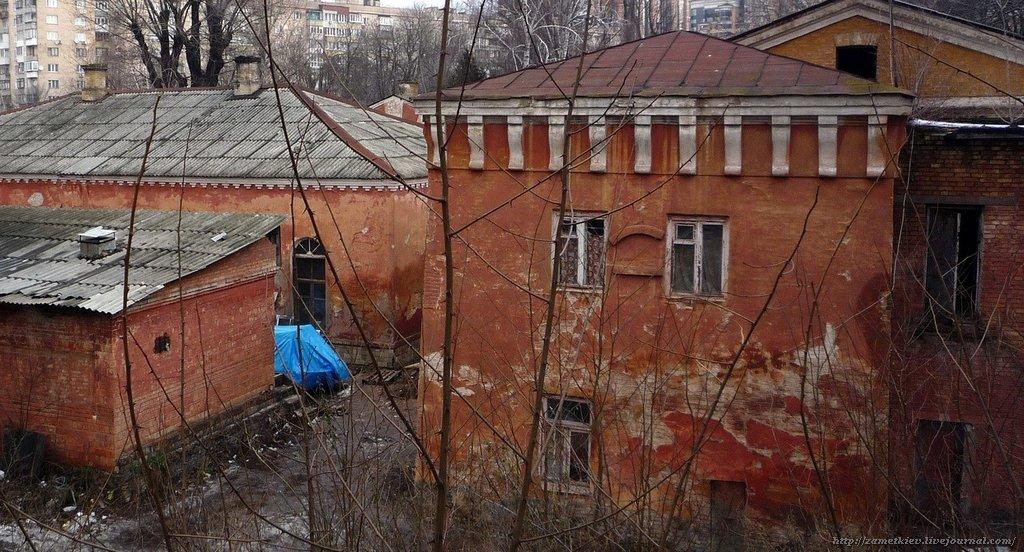 Наследие в огне: в Киеве горят исторические здания, фото-1