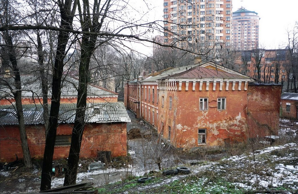 Наследие в огне: в Киеве горят исторические здания, фото-5