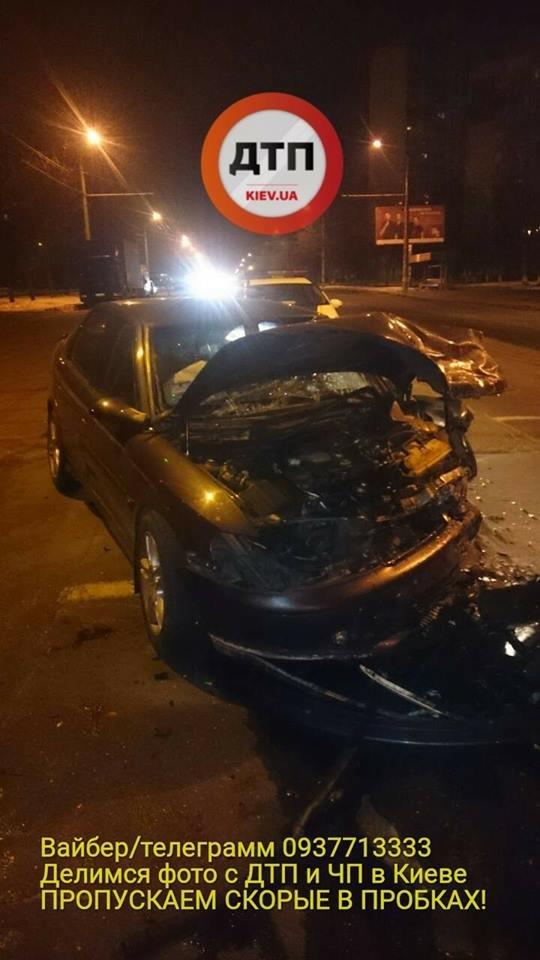 В Киеве в ДТП пострадало 3 человека (ФОТО), фото-1