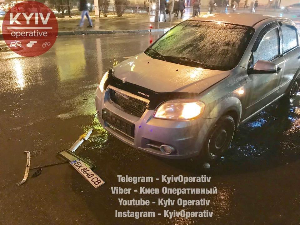 В Киеве на высокой скорости сбили старушку (ФОТО), фото-2