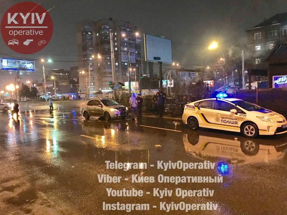 В Киеве на высокой скорости сбили старушку (ФОТО), фото-3
