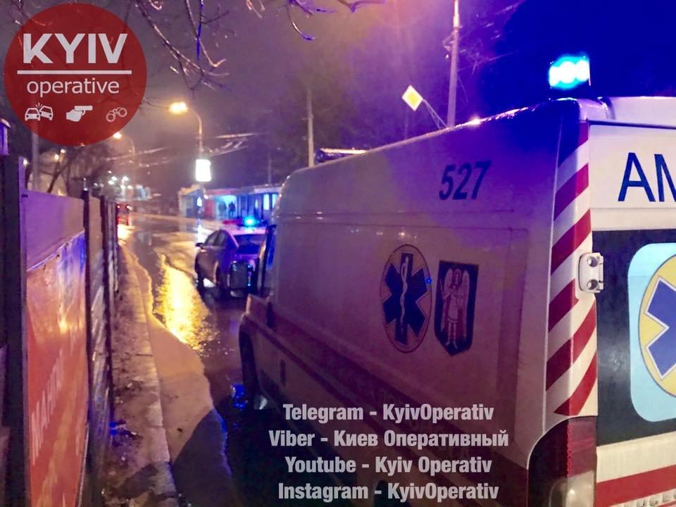 В Киеве на высокой скорости сбили старушку (ФОТО), фото-1