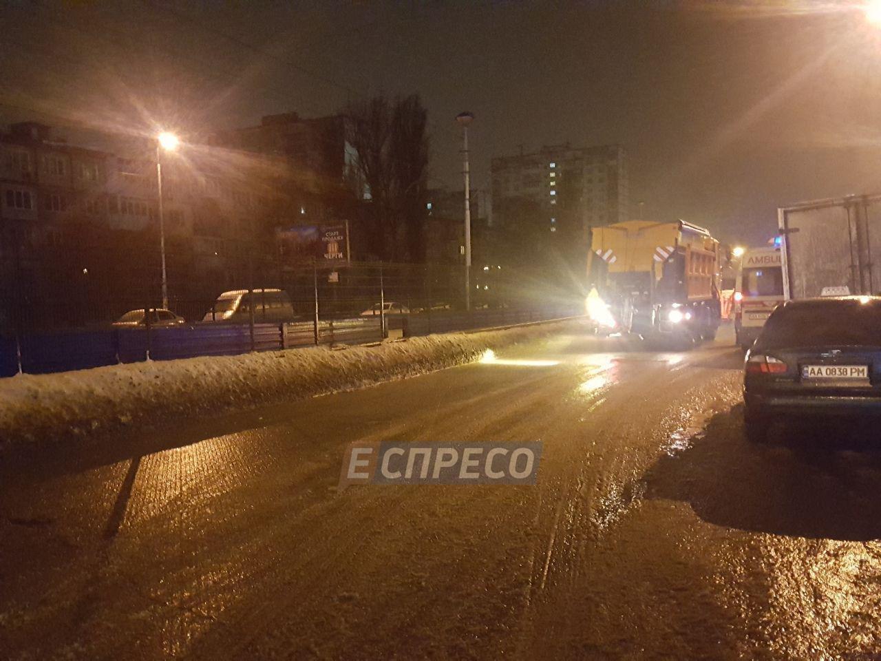 Масштабное ДТП в Киеве: разбилось сразу семь авто, фото-2