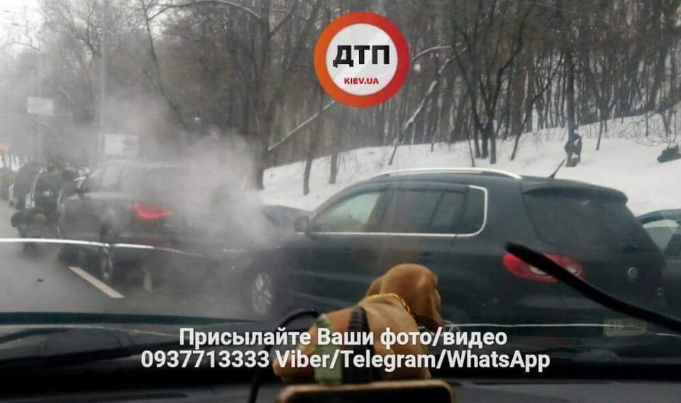 Массовое ДТП в Киеве: столкнулись 7 машин (ФОТО), фото-2