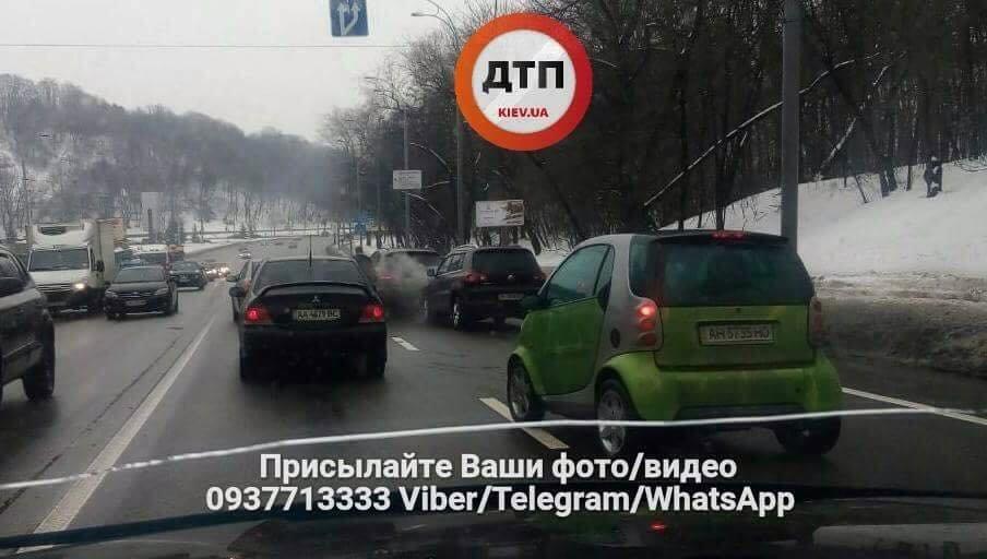 Массовое ДТП в Киеве: столкнулись 7 машин (ФОТО), фото-3