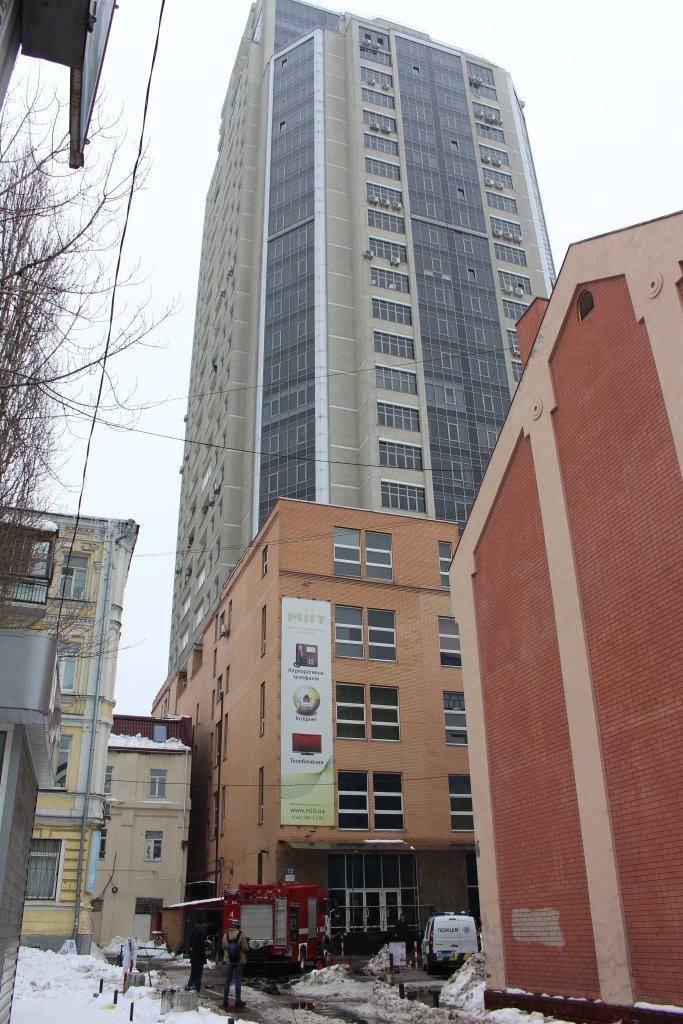 В Киеве горел 29-этажный бизнес-центр (ФОТО), фото-2
