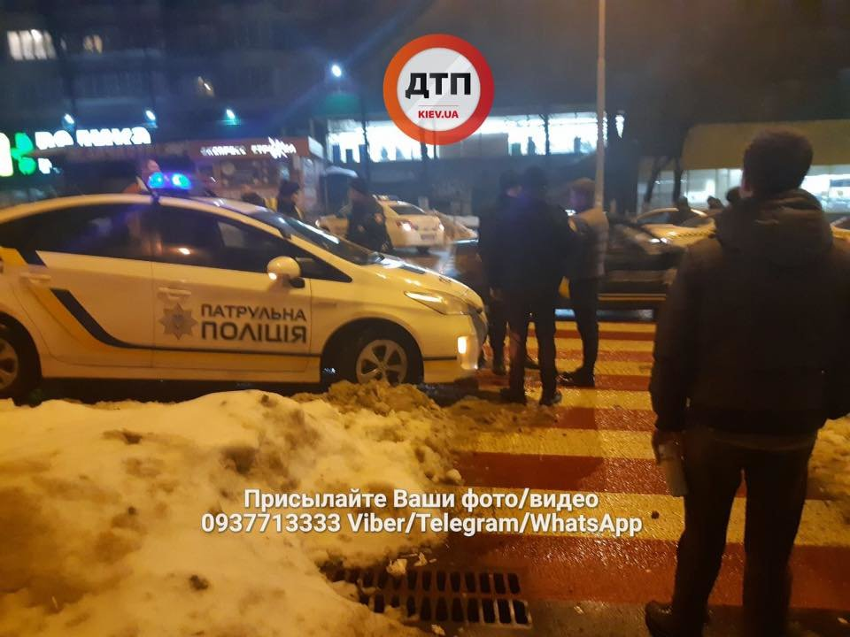 Во время массовой драки в Киеве парню проломили голову трубой (ФОТО), фото-3