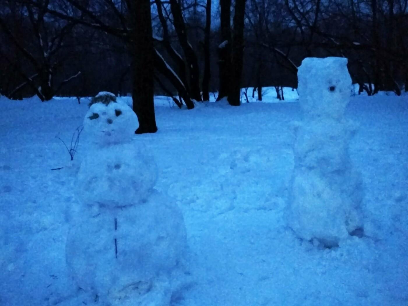 Крипово: в Киеве нашли зомби-снеговиков, фото-1