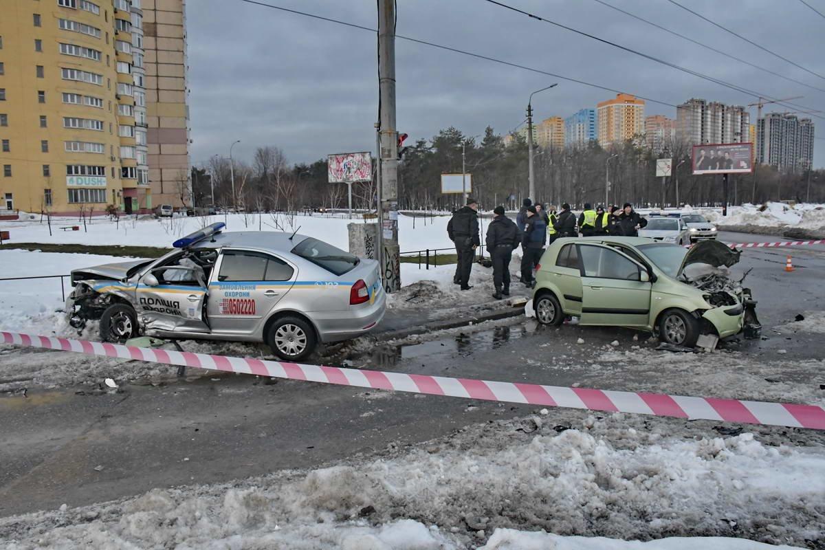В Киеве после ДТП сотрудники полиции охраны попали в реанимацию (ФОТО), фото-4