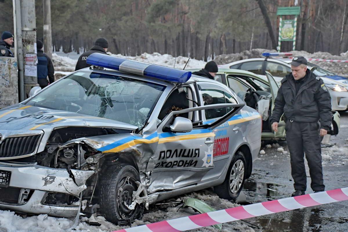В Киеве после ДТП сотрудники полиции охраны попали в реанимацию (ФОТО), фото-2