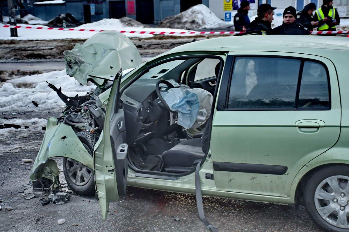 В Киеве после ДТП сотрудники полиции охраны попали в реанимацию (ФОТО), фото-5