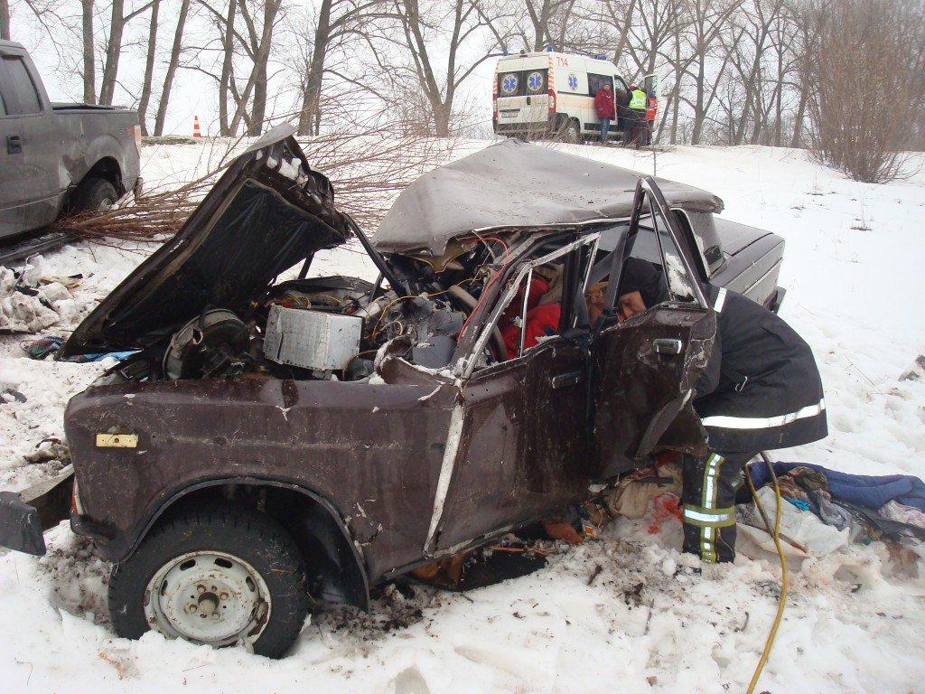 Под Киевом в ДТП погиб водитель, фото-1