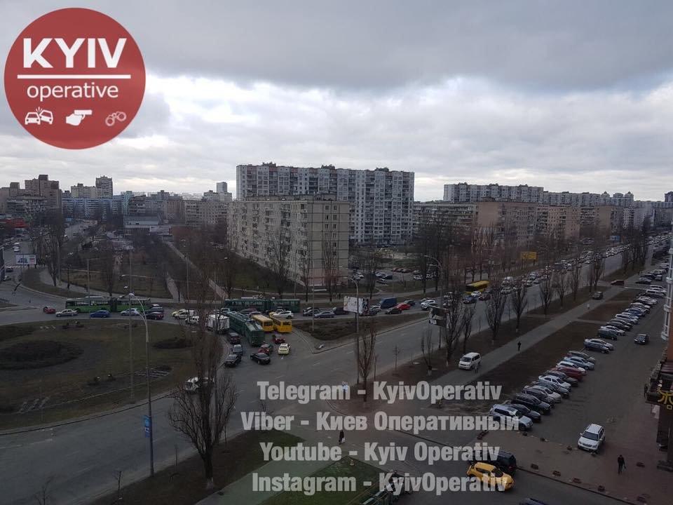 В Киеве из-за ДТП образовалась огромная пробка (ФОТО), фото-1