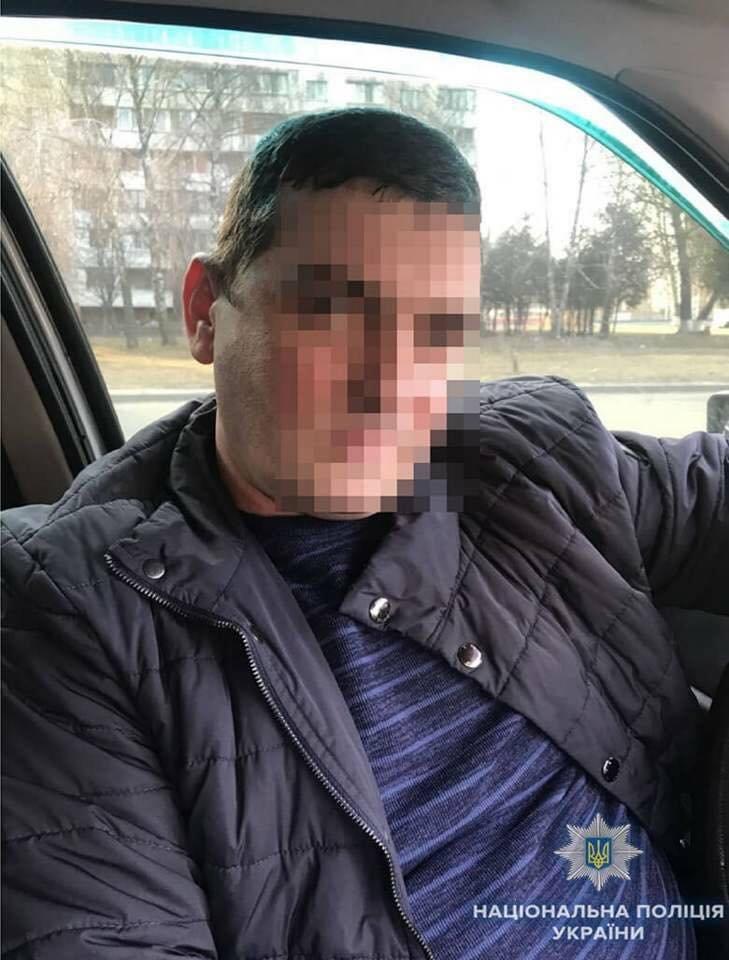В Киеве преступники за час обокрали три квартиры (ФОТО), фото-2