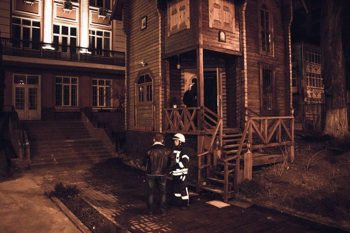 В центре Киева горел деревянный храм, фото-1