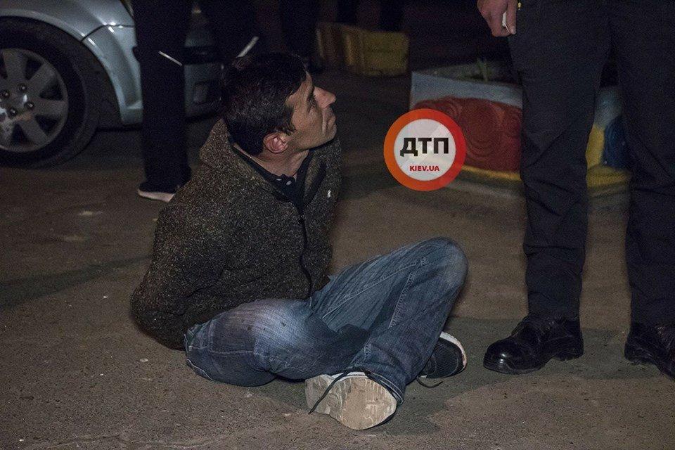 """""""Она меня погубила"""": киевлянин напал с ножом на свою сожительницу, фото-1"""