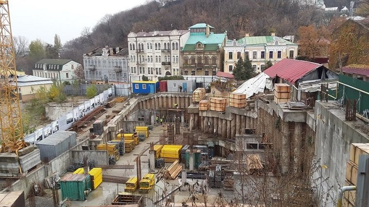 Судьба отеля-монстра на Андреевском спуске решится во вторник, фото-1