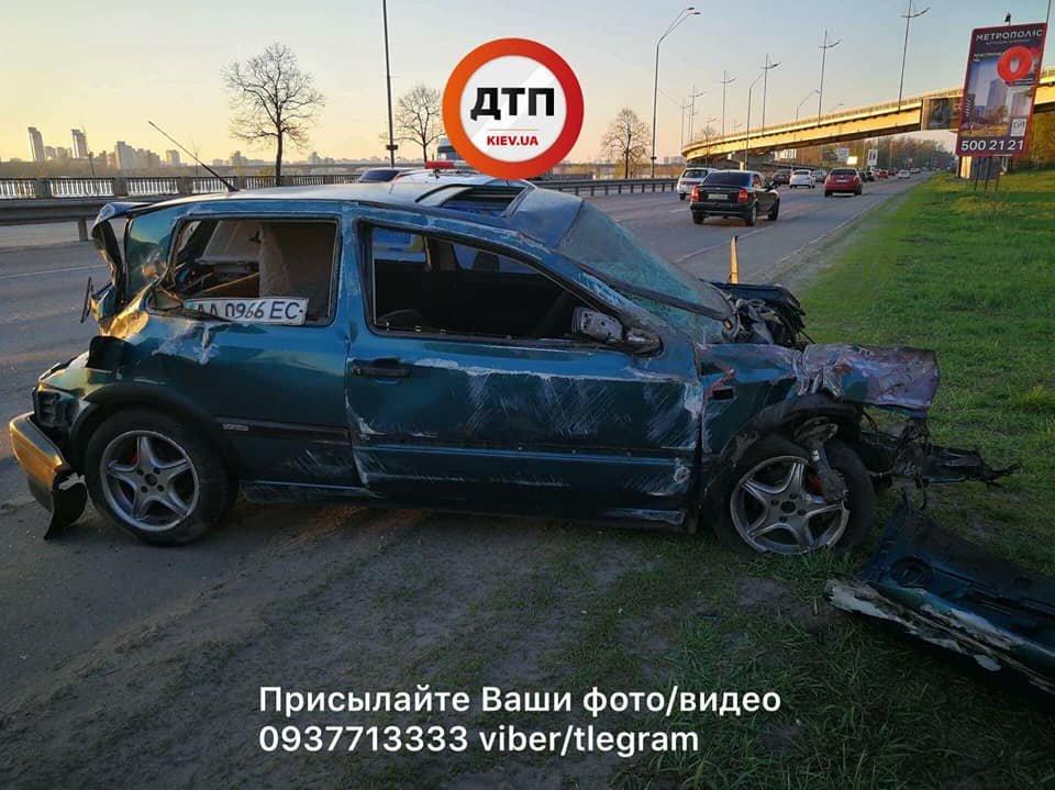 На Набережном шоссе авто вылетело в кювет, трое пострадавших (ФОТО), фото-3