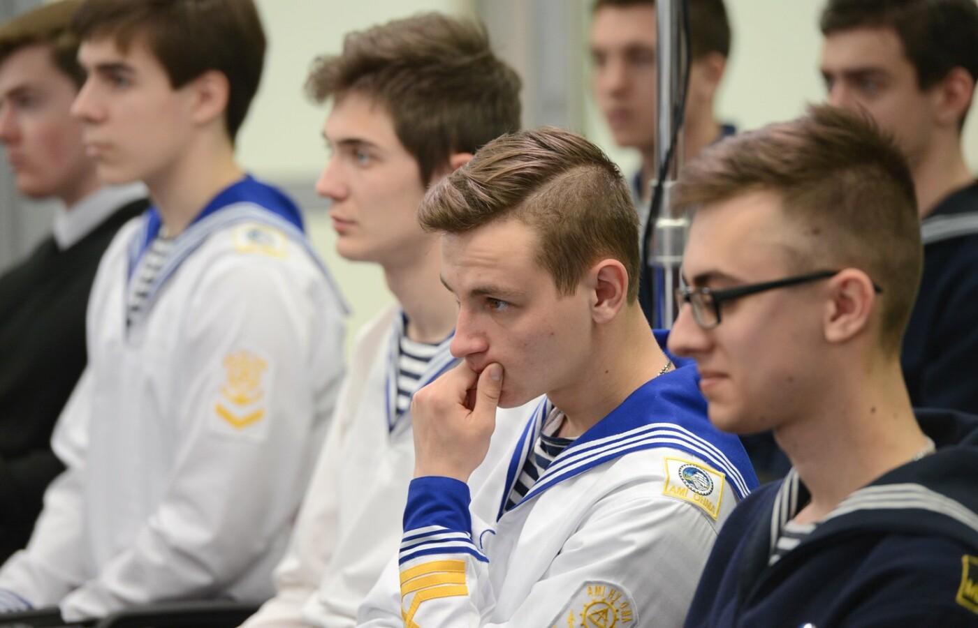 Борис Колесников вручил киевским студентам дипломы на поездку в Афины, фото-3