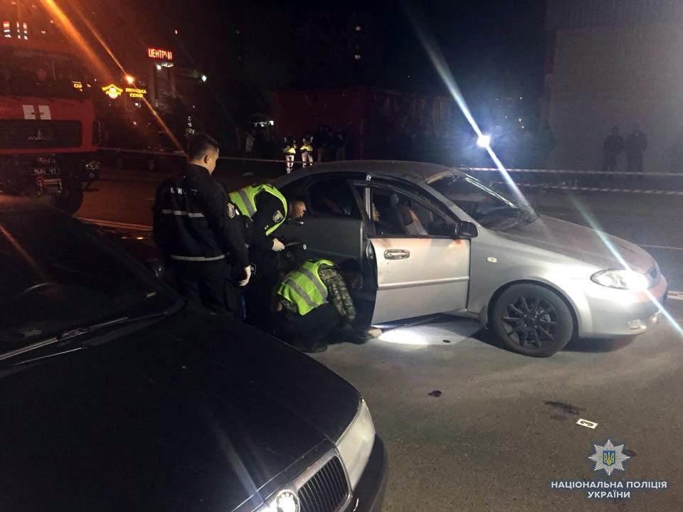В Киеве взорвалась машина: один человек погиб (ФОТО), фото-2