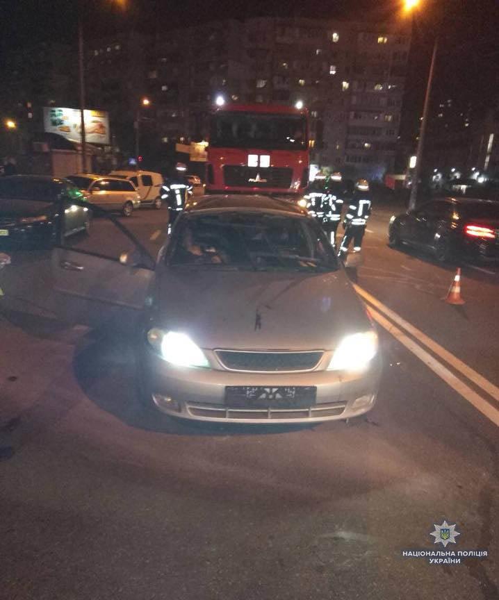 В Киеве взорвалась машина: один человек погиб (ФОТО), фото-3