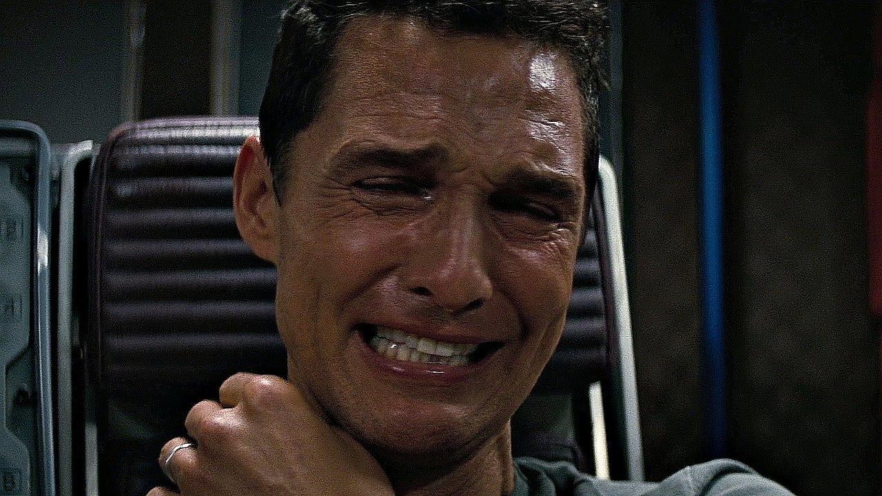 Картинка интерстеллар плачет