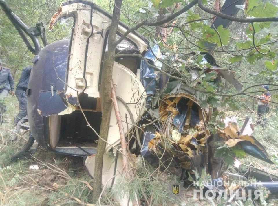 Крушение вертолета в Киеве: полиция рассказала, как экипаж избежал гибели, фото-2