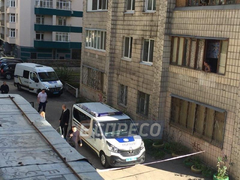 На свалке в Киеве нашли мертвого младенца, фото-2