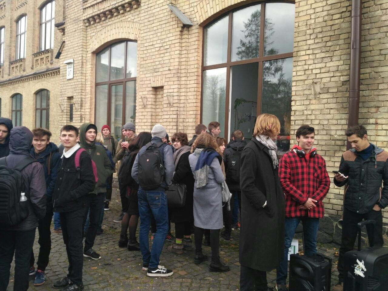 «КПИ – не бизнес»: студенты «Политеха» взбунтовались против проректора , фото-7