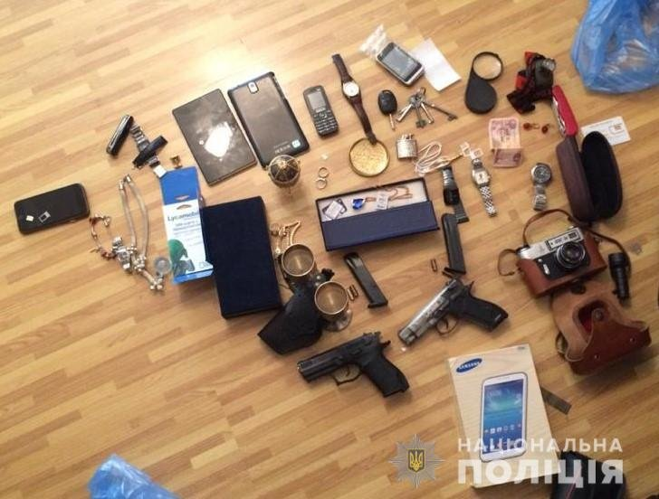 Боги конспирации: убегая от полиции  квартирные воры протаранили 10 машин, - ФОТО, ВИДЕО, фото-1