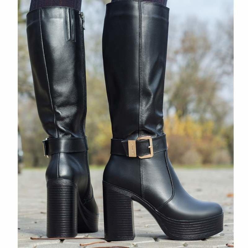 a24b36483deb Его клиентки живут в разных уголках страны, так по каким причинам купить  кожаную обувь Киев не может в «Мариго»  Их попросту нет, но зато есть  следующие ...