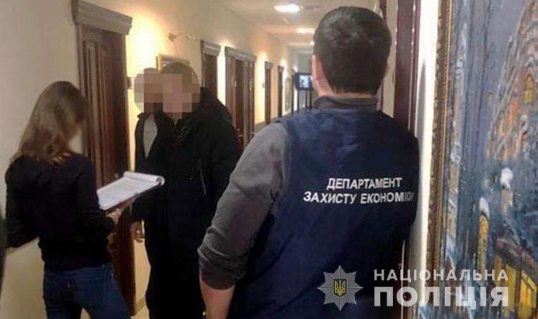 30 тысяч долларов за свободу: в Киеве адвокат пытался дать взятку прокурору, фото-2