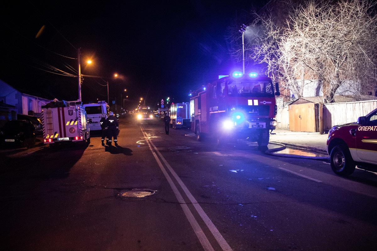 На Куреневке произошел пожар в трехэтажном доме, - ВИДЕО, фото-8, Фото: Информатор