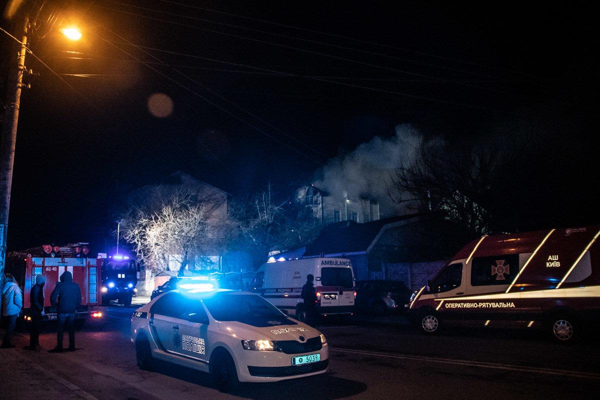 На Куреневке произошел пожар в трехэтажном доме, - ВИДЕО, фото-5, Фото: Информатор