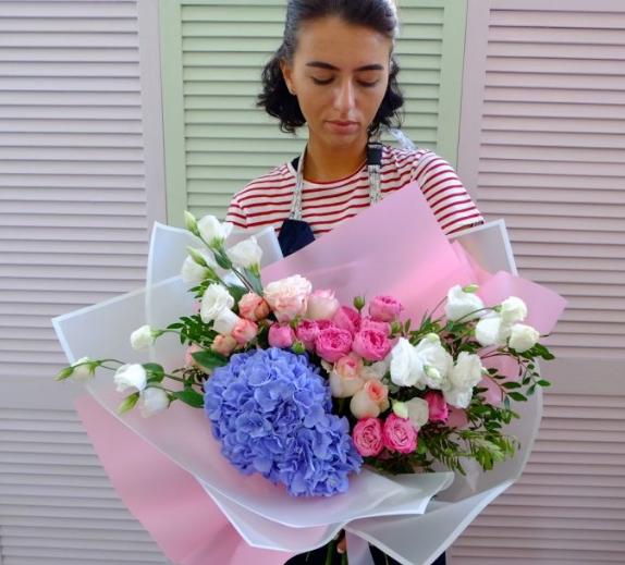 В праздник 8 марта, без сомнения, цветы!, фото-3