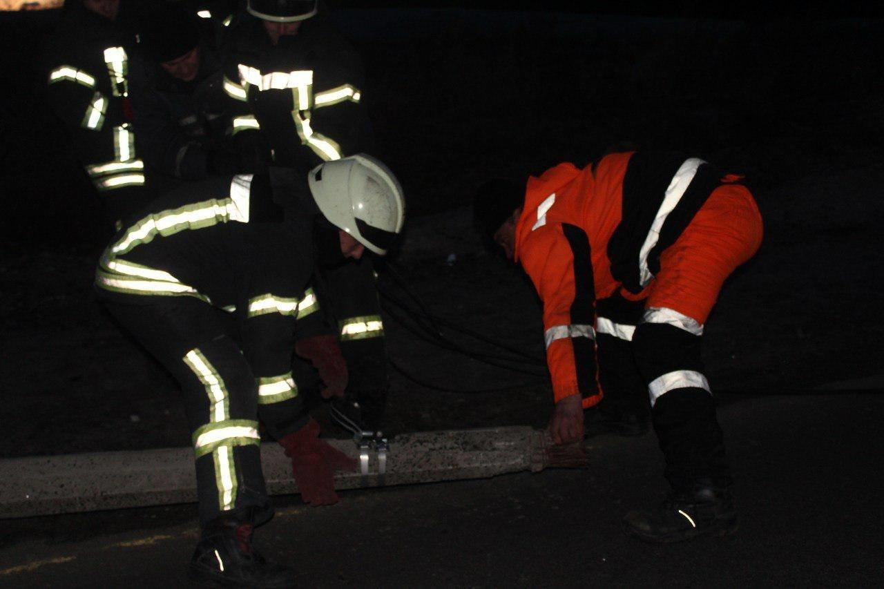 Из-за непогоды киевские спасатели 30 раз выезжали на вызовы, - ФОТО, фото-7