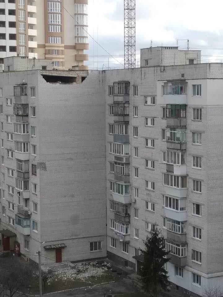 Под Киевом обвалилась часть фасада многоэтажки, - ФОТО, ВИДЕО, фото-2