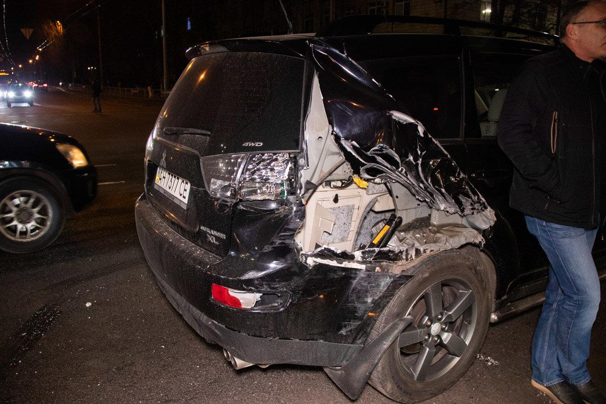 В Киеве произошла тройная ДТП с участием маршрутки с пассажирами: есть пострадавшие, - ФОТО, фото-4, Фото: Информатор