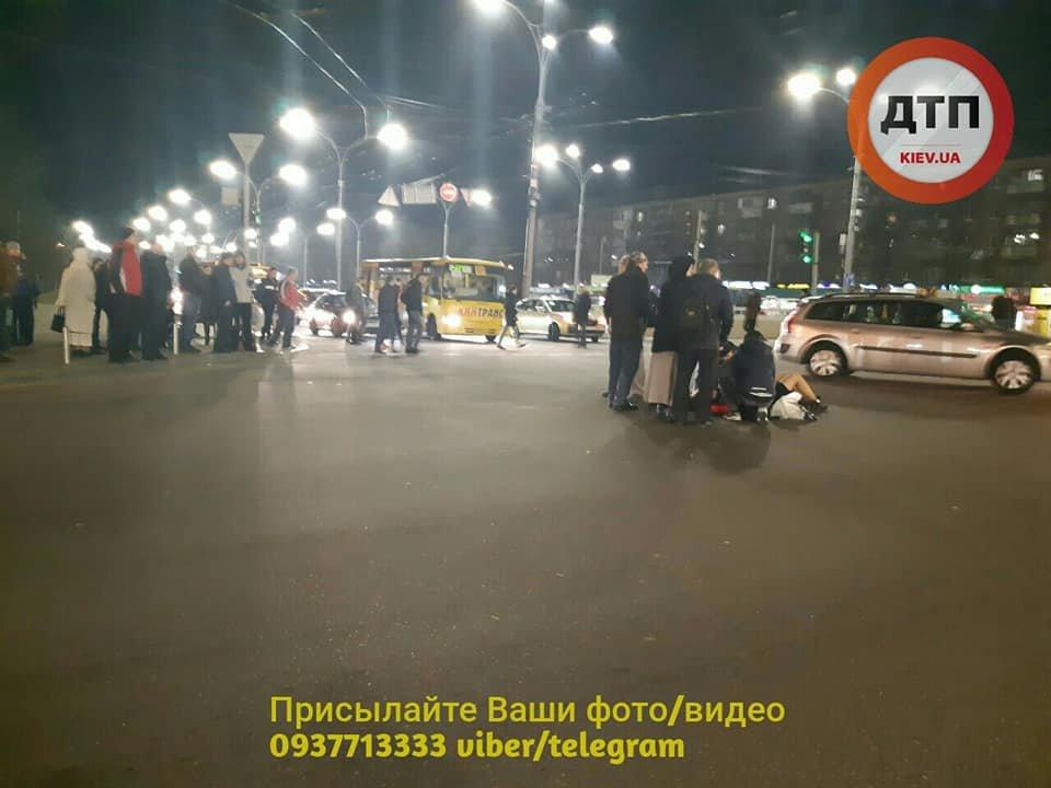 Возле Дорогожичей водитель автобуса сбил трех пешеходов: появились подробности, фото-4, Фото: facebook.com/dtp.kiev.ua