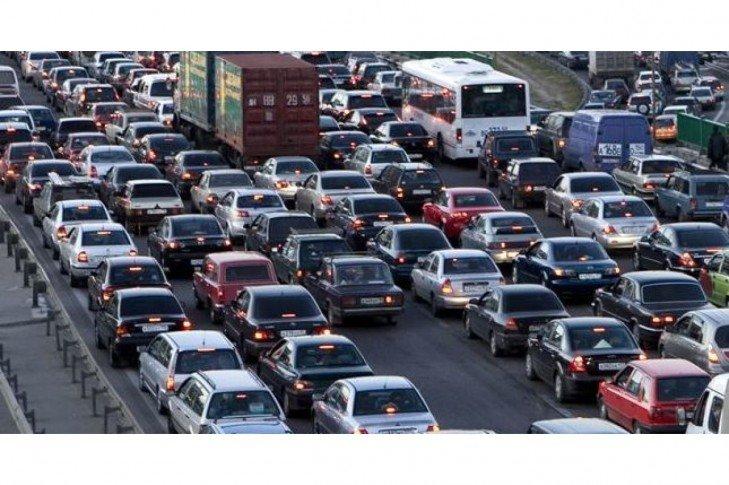 В Киеве предлагают выделить полосу для общественного транспорта в районе моста Патона, фото-2
