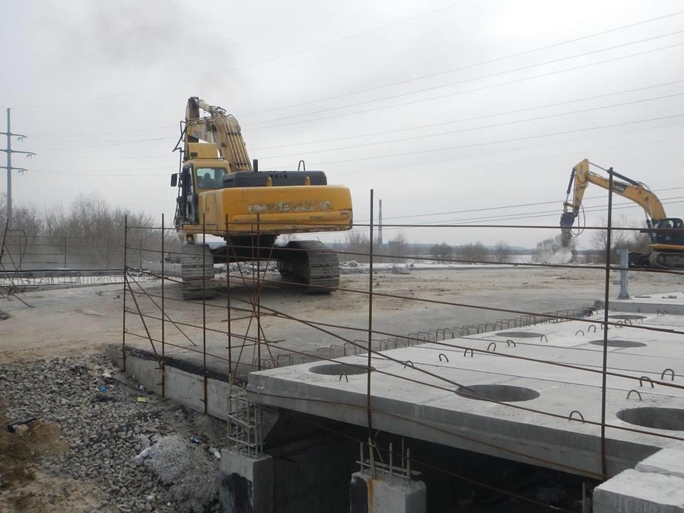 На Осокорках в Киеве сносят мост: в КГГА раскрыли детали, фото-2, Фото: facebook.com/olga.parzhitskaya