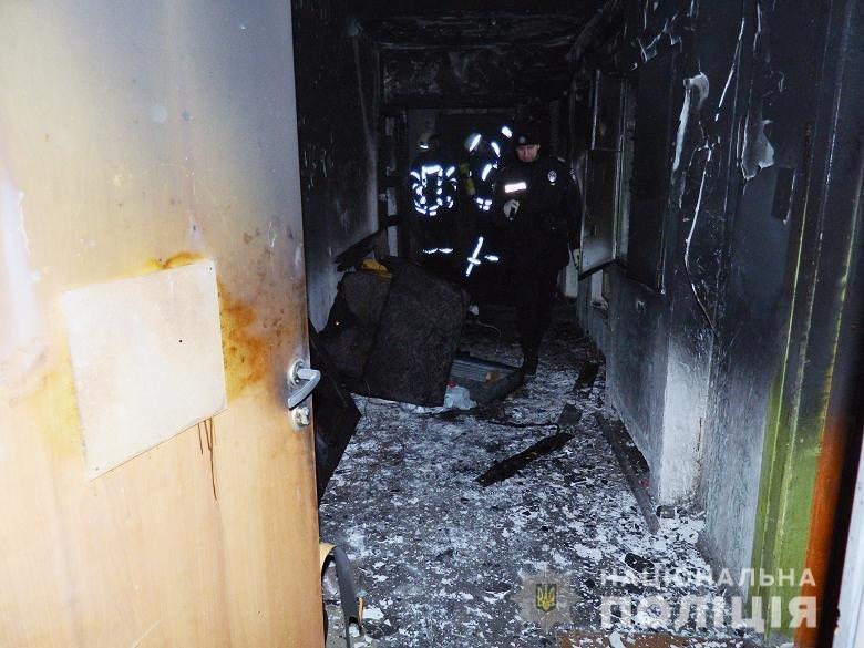 В Киеве задержали мужчину, который поджег квартиру с женой и детьми, фото-1