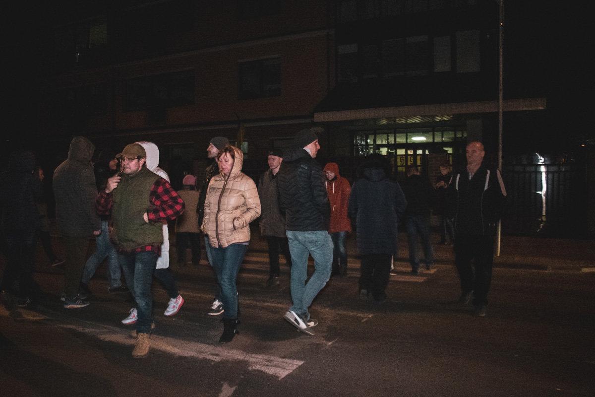 Отключили газ: жителям Соломенки пришлось блокировать дорогу из-за незаконных действий газовиков, - ФОТО, фото-3, Фото: Информатор