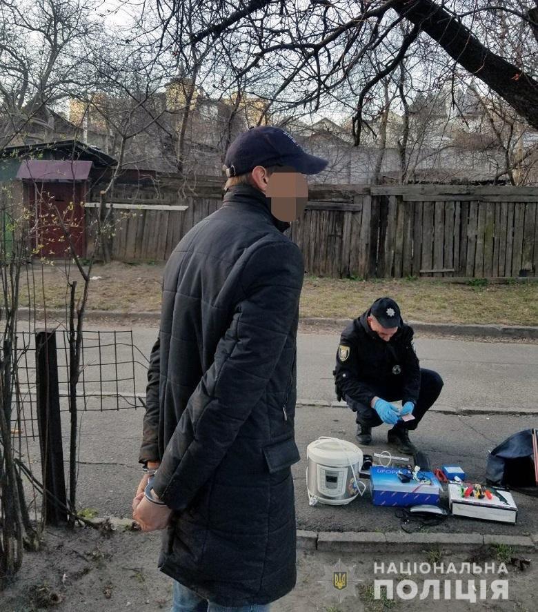 В Киеве задержали ″домушника″, на счету которого 26 квартирных краж, фото-1