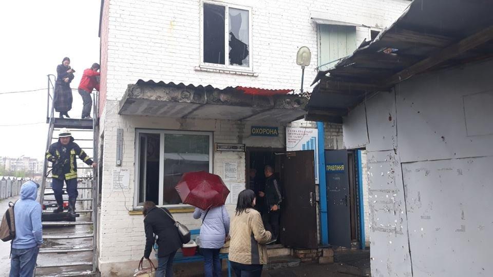 В Киеве во время пожара в приюте для животных, сгорели пятеро кошек, - ФОТО, фото-1, Фото: пресс-служба ГСЧС Киева
