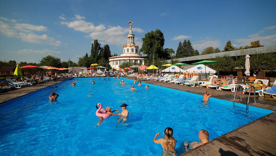 Топ-7 бассейнов Киева: адреса и цены столичных мест, где можно плавать и загорать, - ФОТО, фото-5