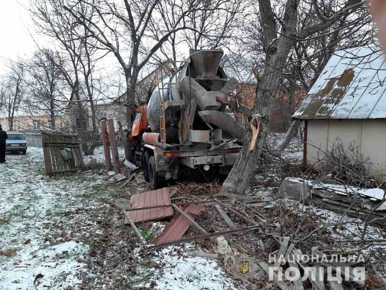 На Киевщине в ДТП попала бетономешалка: погиб водитель, - ФОТО, фото-2