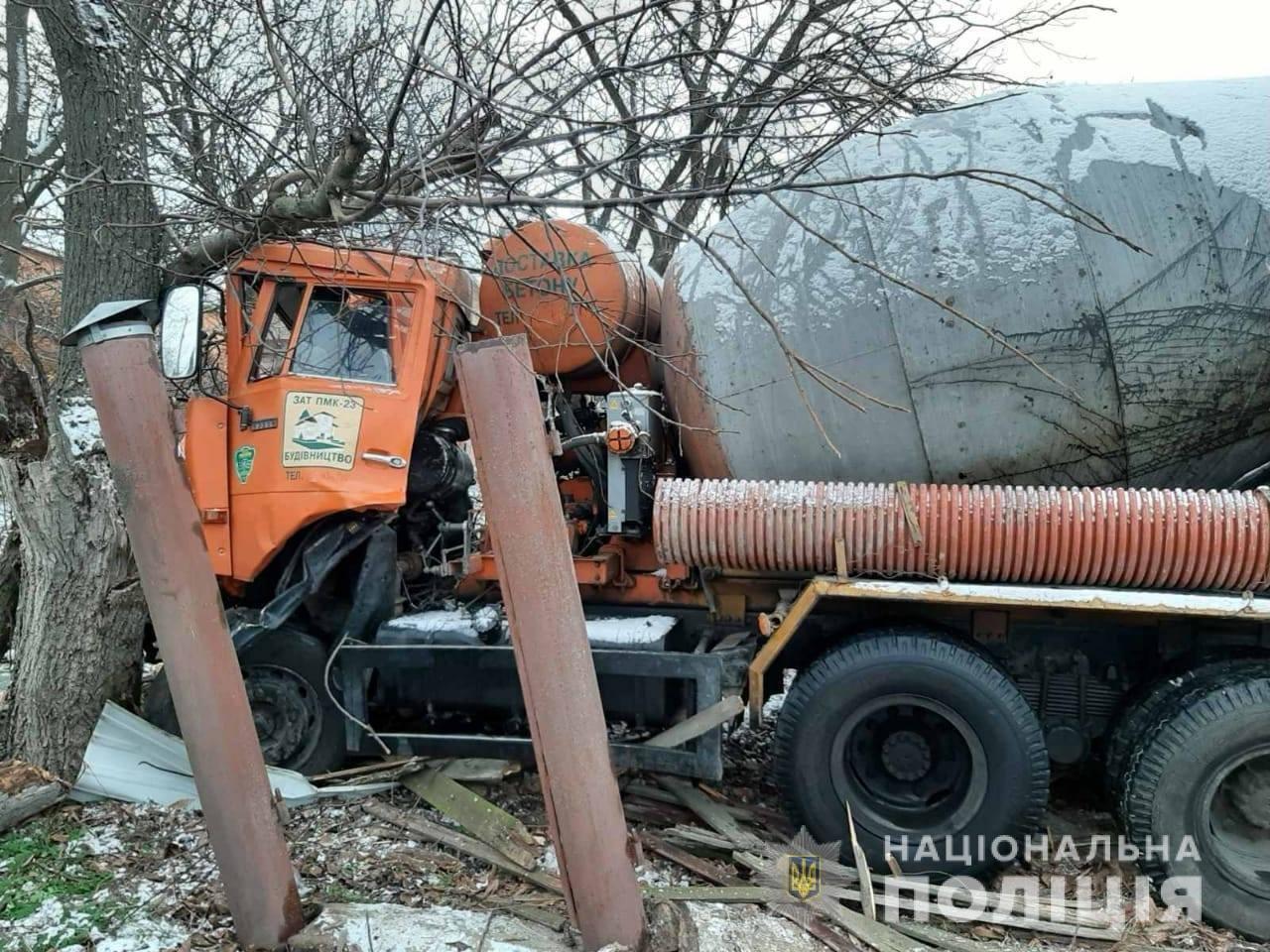 На Киевщине в ДТП попала бетономешалка: погиб водитель, - ФОТО, фото-3